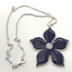 Medium Purple Dot Flower Necklace