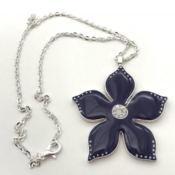 Medium Purple Dot Flower Necklace