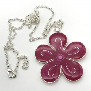Curved Dot Flower Necklace - Pink