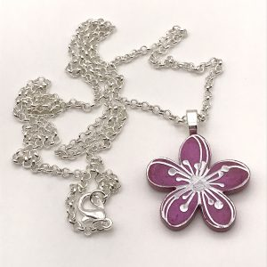Etched Flower Necklace - Classic Lippy