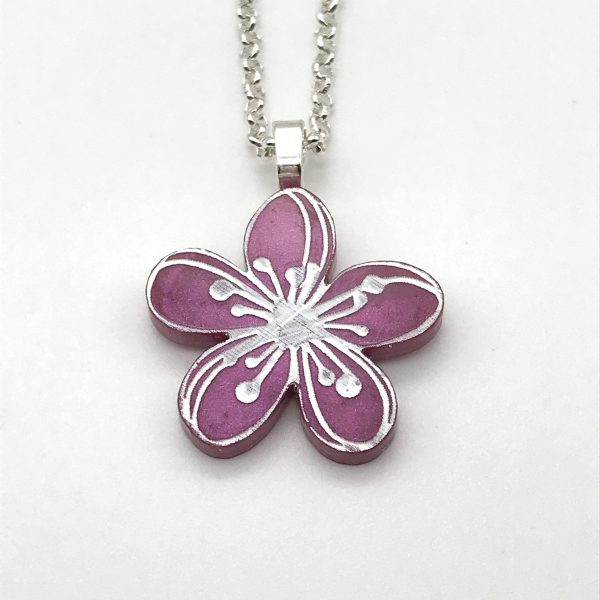 Etched Flower Necklace - Classic Lippy 1