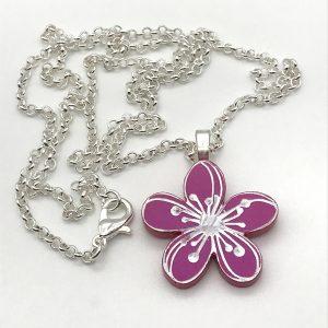 Etched Flower Necklace - Prima Donna